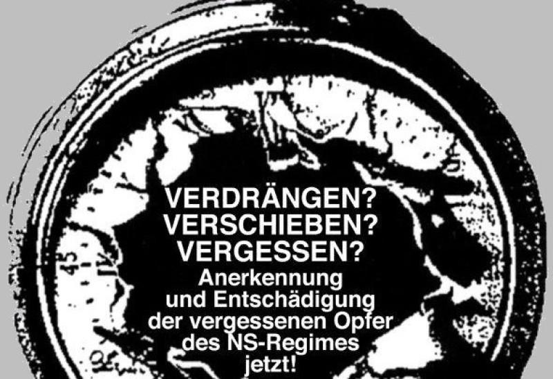 Logo der AG BEZ: Taschenuhr mit aufgerissenem Ziffernblatt und Schriftzug Verdrängen? Verschieben? Vergessen? Anerkennung und Entschädigung der vergessenen Opfer des NS-Regimes jetzt!